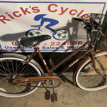 "Vintage Raleigh Transit 20"" Frame Ladies Town bike Bike."