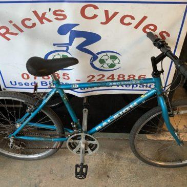 """Raleigh Ascender 18"""" Frame Mountain Bike. £110"""