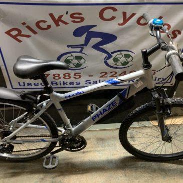 "Apollo Phaze 17"" Frame Mountain Bike.£120"