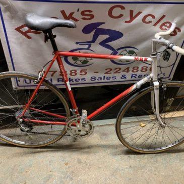 """Mistral MNK 23"""" Frame Road Bike. £175"""