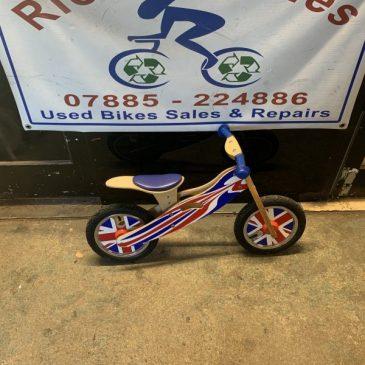 Kidsmotion Balance Bike. £20