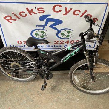 "Salcano Surge 24"" Wheel Mountain Bike. £65"
