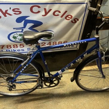 "Hawk Manhattan 20"" Frame Hybrid Bike. £120"