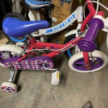 """Sweetie 11"""" Wheel Girls Bike. £22"""