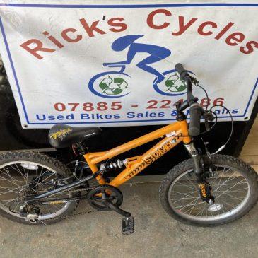 """Apollo Stomp 20"""" Wheel Mountain Bike. £65"""