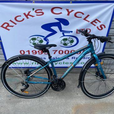 """VooDoo Marasa 16"""" Frame Ladies/Girls Hybrid Bike. £350"""