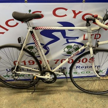 "Raleigh Eclipses 25"" Frame Road Bike. £175"