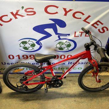 """Specialized Hotrock 20"""" Wheel Mountain Bike. £140"""