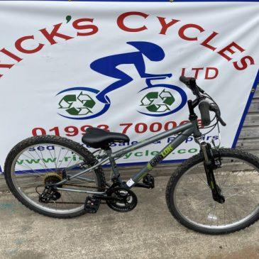 """Apollo Gridlok 24"""" Wheel Mountain Bike. £75"""