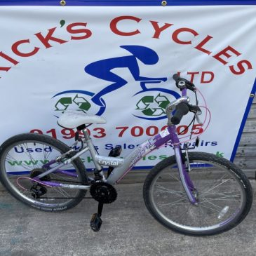 """Coyote Chrystal 13"""" Frame Mountain Bike. £60"""