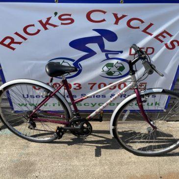 "Raleigh Pioneer Sprint 18"" Frame Hybrid Bike. £120"