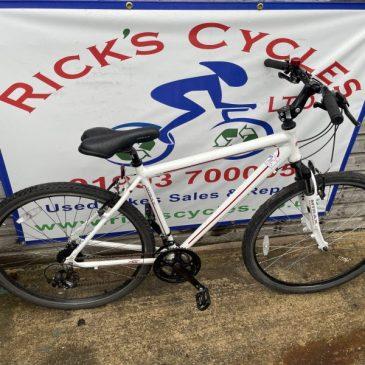 "Raleigh M-Trax Tephra 20"" Frame Hybrid Bike. £175"